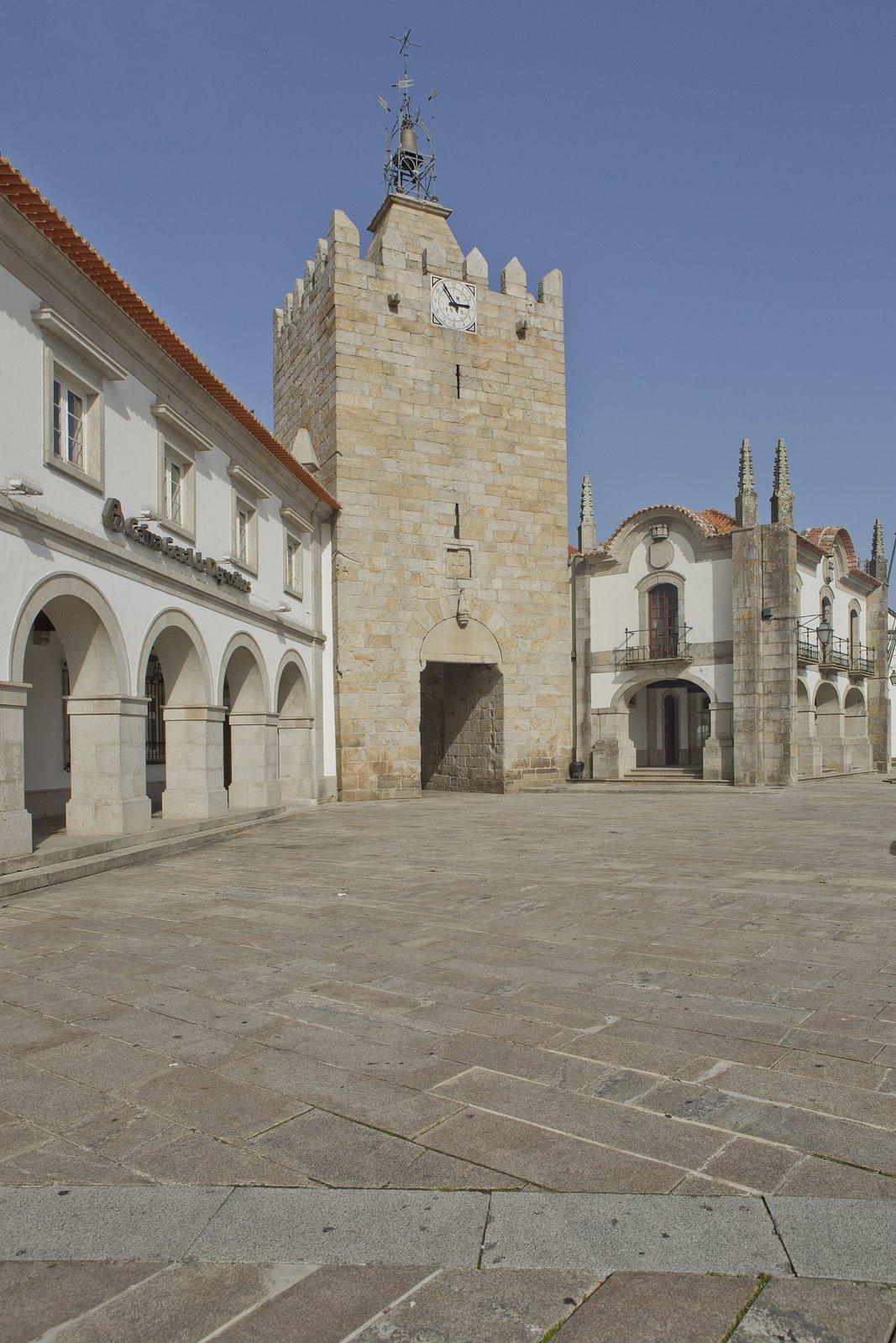 6b40f73898f Torre do Relógio - Caminha
